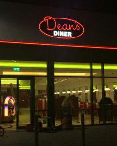 Deans Diner Signs Portfolio 8