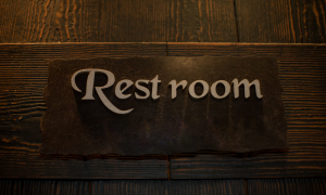 restaurant custom signs Which Way is The Loo blog image